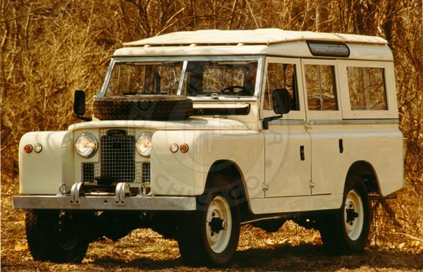 1963 Land Rover 109 Series IIa Station Wagon - Cooper Technica, Inc