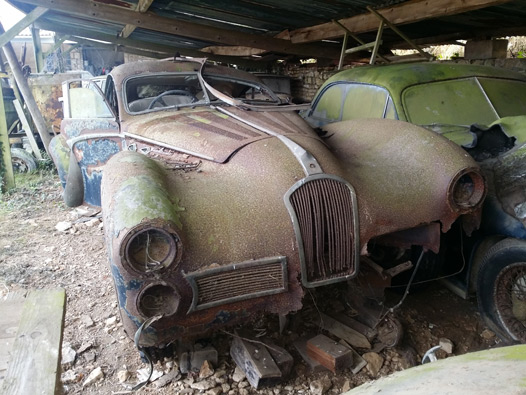 Barn Find Myths The Above Two Photos Are From Baillon Collection Auctioned By Artcurial In France February 2015 Had Bought Cars Out Of